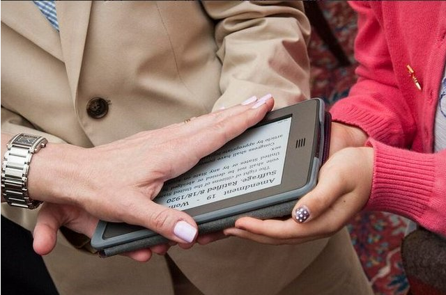 Kindle Replaces the US Constitution